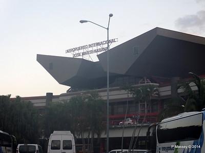 Jose Marti Airport Havana 30-01-2014 23-07-25