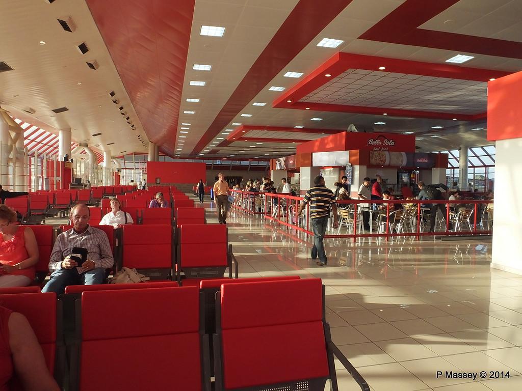 Aeroporto Havana Arrivi : Havana jose marti airport feb shipsnmoreships