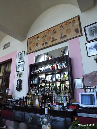 Bar Hall of Fame Nacional de Cuba 02-02-2014 12-30-16