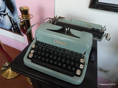 Consul Typewriter Hall of Fame Nacional de Cuba 02-02-2014 12-29-19