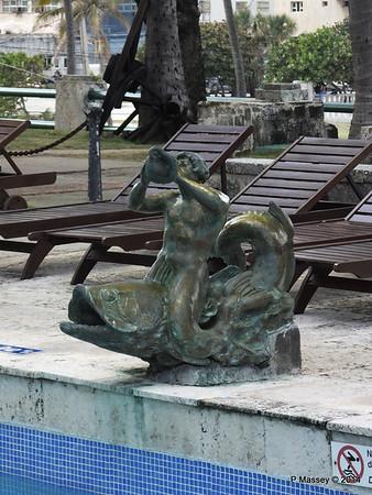 Original Swimming Pool Hotel Nacional de Cuba 31-01-2014 18-58-15