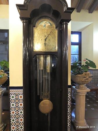 Grandfather Clock Lobby Hotel Nacional de Cuba 01-02-2014 18-07-51