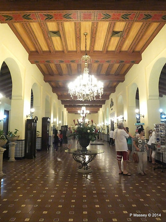 Lobby Hotel Nacional de Cuba 01-02-2014 18-14-13