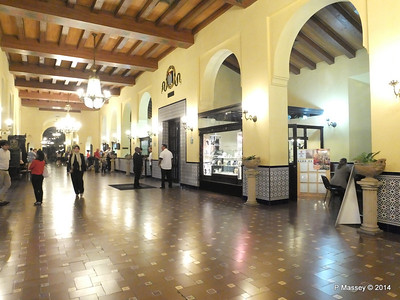 Lobby Hotel Nacional de Cuba 01-02-2014 18-09-06