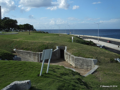 Trenches of the Santa Clara Battery 31-01-2014 20-36-17