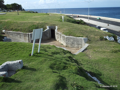 Trenches of the Santa Clara Battery 31-01-2014 20-36-20