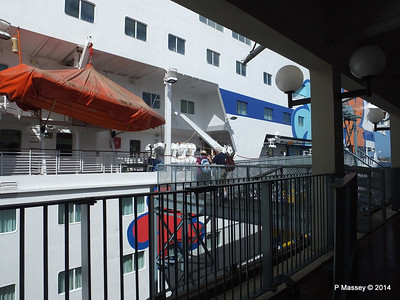 Boarding LOUIS CRISTAL Havana Cruise Terminal Sierra Maestra San Francisco 03-02-2014 14-27-57