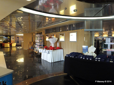 LOUIS CRISTAL Boutique 04-02-2014 16-00-57