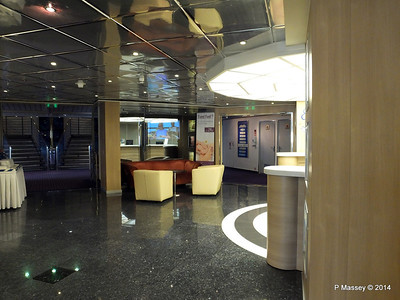 LOUIS CRISTAL Reception Seating Shore Excursions 04-02-2014 16-02-18