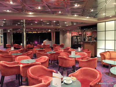 LOUIS CRISTAL Rendez Vous Lounge & Piano Bar 03-02-2014 22-07-59