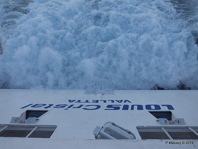 LOUIS CRISTAL Over the Stern 04-02-2014 17-43-02