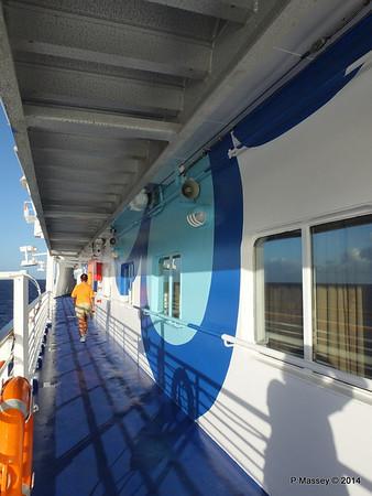 LOUIS CRISTAL Fwd Promenade Port Flowers 06-02-2014 07-31-45