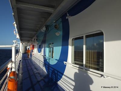 LOUIS CRISTAL Fwd Promenade Port Flowers 06-02-2014 07-31-48