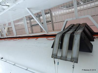 LOUIS CRISTAL Port Promenade Lifeboats 04-02-2014 15-42-03