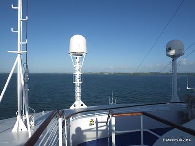 LOUIS CRISTAL Approaching Antilla 05-02-2014 08-25-38