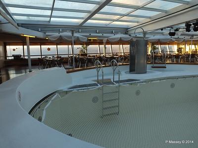 LOUIS CRISTAL Riviera Pool & Bar 06-02-2014 06-47-39