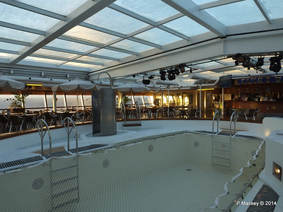 LOUIS CRISTAL Riviera Pool & Bar 06-02-2014 06-47-43