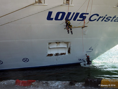 LOUIS CRISTAL Painting Anchor Well Cienfuegos 08-02-2014 14-05-41