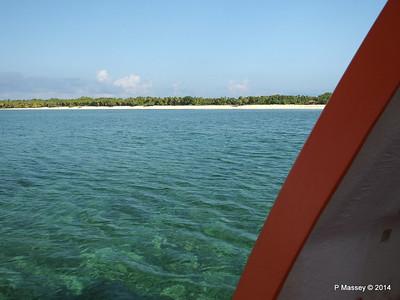 LOUIS CRISTAL Approaching Punta Frances on Tender 09-02-2014 09-34-05