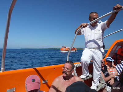 LOUIS CRISTAL on the Tender Punta Frances 09-02-2014 12-54-27