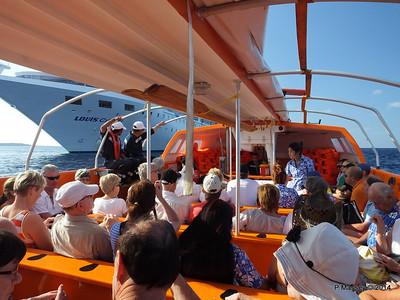 LOUIS CRISTAL on the Tender Punta Frances 09-02-2014 09-24-03