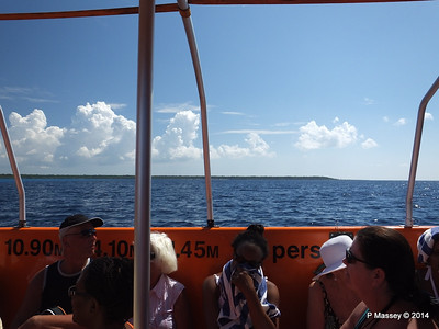 LOUIS CRISTAL on the Tender Punta Frances 09-02-2014 12-56-27