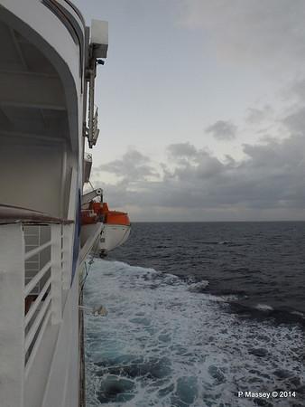 LOUIS CRISTAL Approaching Antilla 05-02-2014 06-37-36