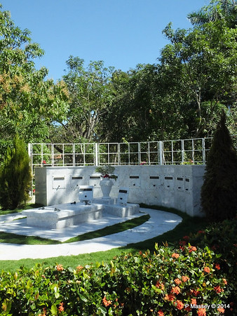 Castro Family Graves 05-02-2014 11-54-08