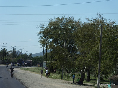 Carretera Mayari to Holguin 05-02-2014 13-47-24