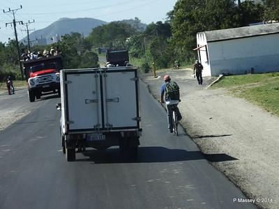 Carretera Mayari to Holguin 05-02-2014 13-47-36