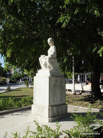 Statue Parque Garcia Holguin 05-02-2014 16-10-05