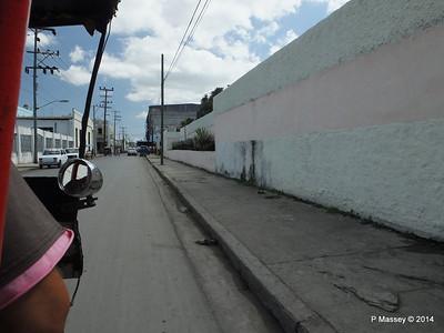 Along Avenida 48 Cienfuegos 08-02-2014 12-20-46