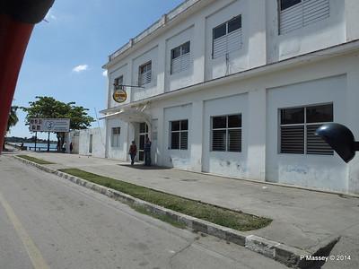 Along Praseo El Prado Calle 37 Cienfuegos 08-02-2014 12-23-33