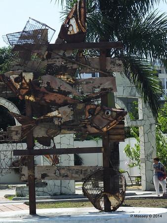 Sculpture Park Cienfuegos 08-02-2014 12-40-20