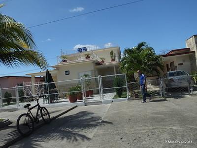 Along Calle 37 Cienfuegos 08-02-2014 12-38-21