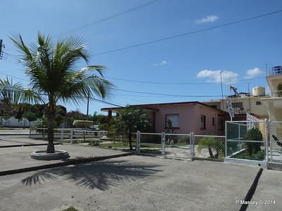 Along Calle 37 Cienfuegos 08-02-2014 12-38-25