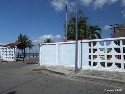 Along Avenida 22 Punta Gorda Cienfuegos 08-02-2014 12-29-01