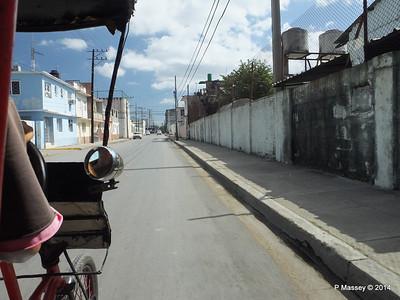 Along Avenida 48 Cienfuegos 08-02-2014 12-20-21