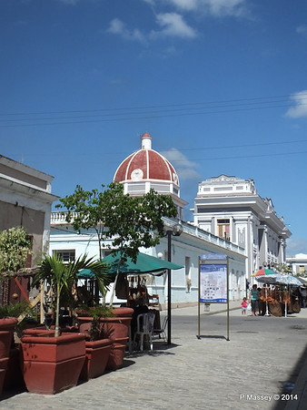 Along Calle 29 to Town Hall Cienfuegos 08-02-2014 12-10-43