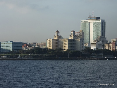 Havana Skyline approaching the Bay 10-02-2014 08-01-25