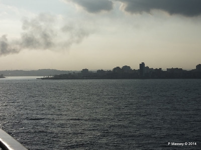 LOUIS CRISTAL Approaching Havana Bay 10-02-2014 08-01-45