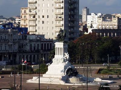 Maximo Gomez Monument Havana 10-02-2014 08-10-30