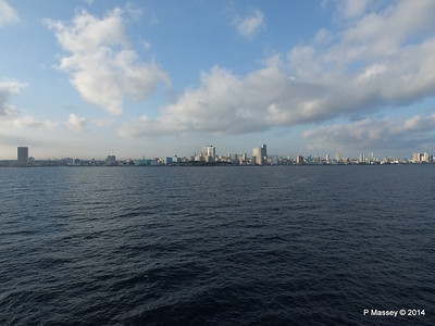 Havana Skyline approaching the Bay 10-02-2014 08-02-18