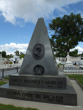 Mausoleum Emilio Bacardi & Elvira Cape Santa Ifigenia Cemetery 06-02-2014 13-04-37