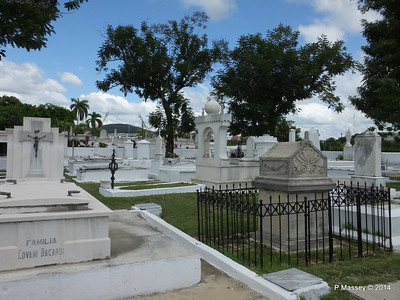Familia Covani Bacardi Santa Ifigenia Cemetery 06-02-2014 13-03-24