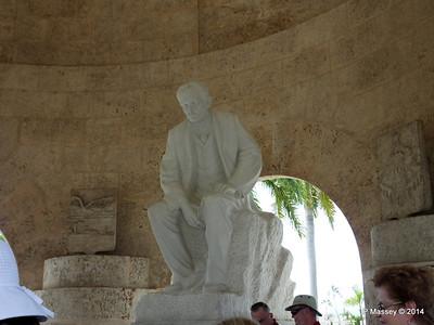Mausoleum of José Marti Santa Ifigenia Cemetery 06-02-2014 13-10-23