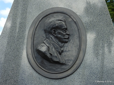 Mausoleum Emilio Bacardi & Elvira Cape Santa Ifigenia Cemetery 06-02-2014 13-04-50