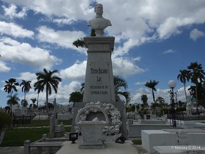 Totan Bacardi Santa Ifigenia Cemetery 06-02-2014 13-05-59