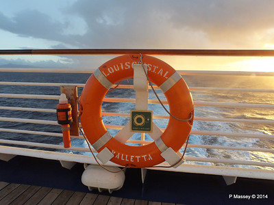 Lifebelt Sunrise Approaching Santiago de Cuba 06-02-2014 06-43-59