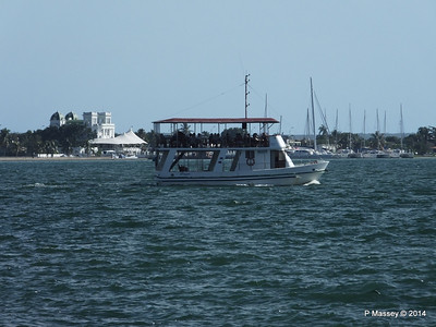 FLIPPER Excursion Boat Cienfuegos 08-02-2014 15-21-26